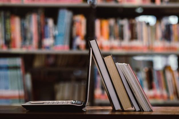Yepyeni Bir Yayınevi: Aya Kitap